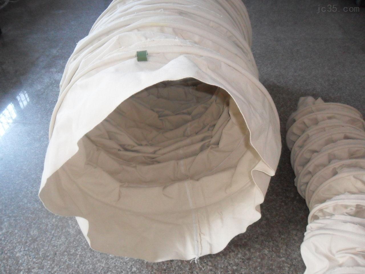 纯白色帆布输送伸缩布袋