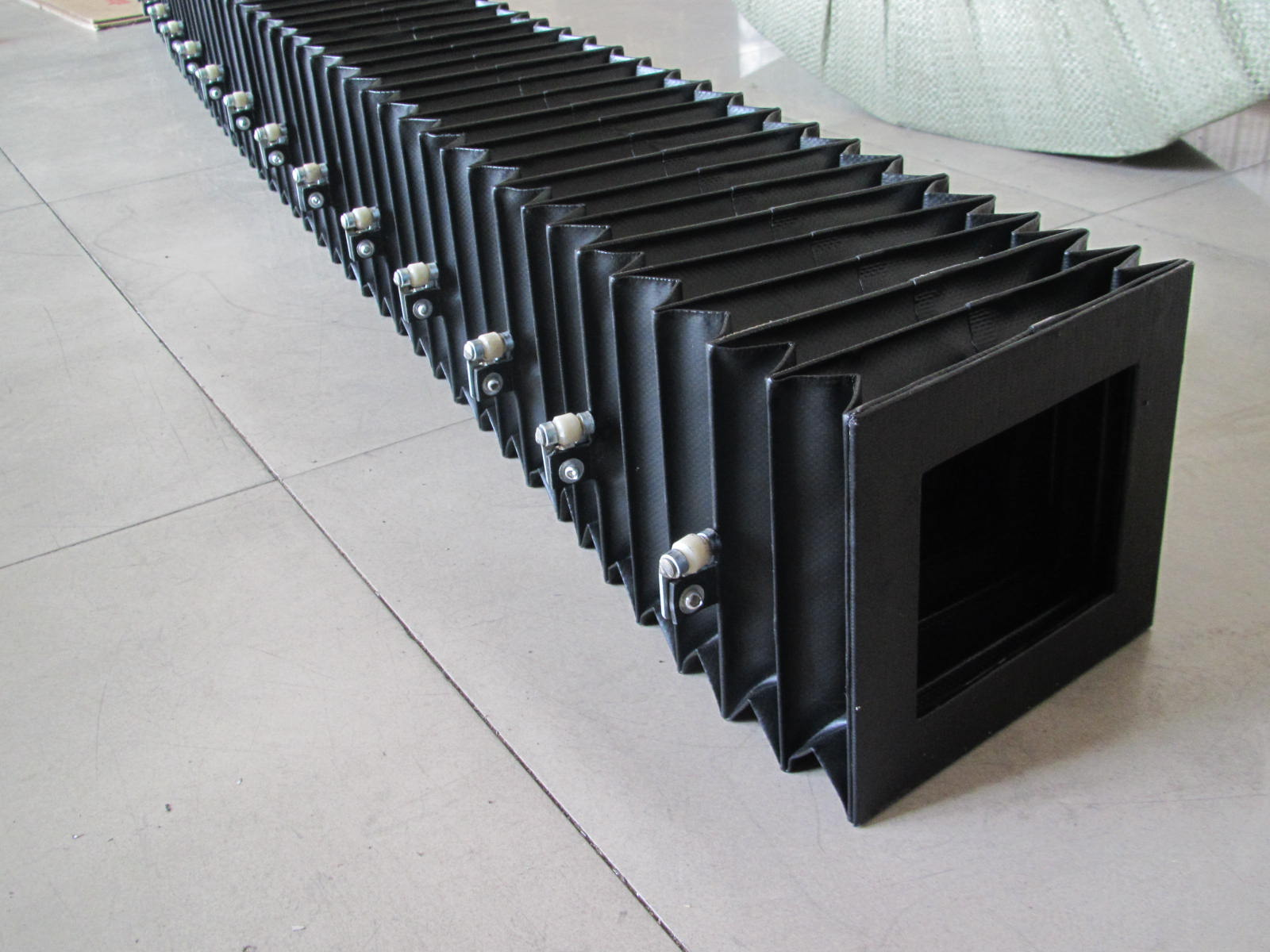 机床方形风琴式护罩产品图